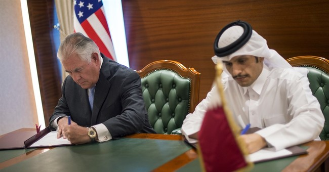 The Latest: US envoy meets Saudi king to talk Qatar crisis