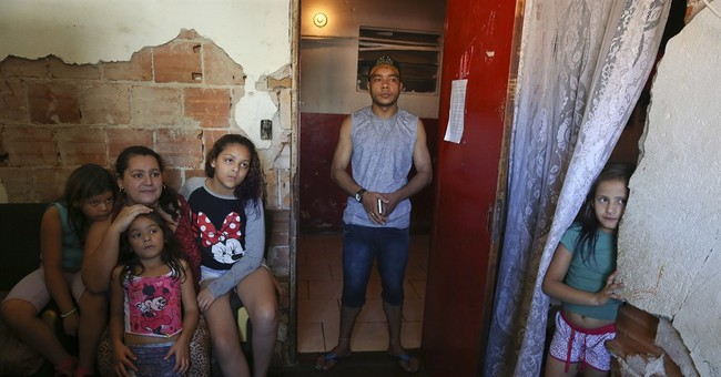 Battle for downtown Sao Paulo pits squatters against mayor