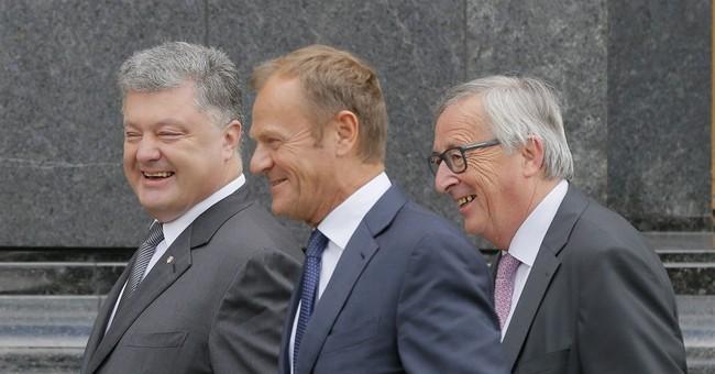 Juncker: Ukraine must do more against corruption