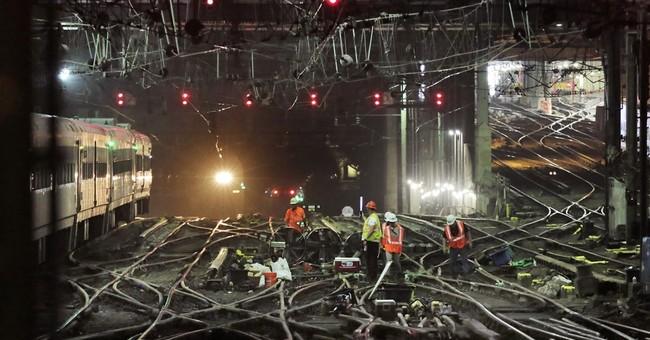 Amtrak praises riders, calls 1st week of repairs 'very good'