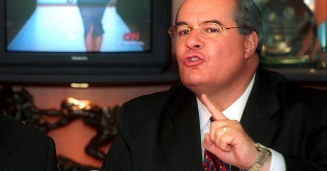 Guatemala orders arrest of ex-ambassador to US in graft case