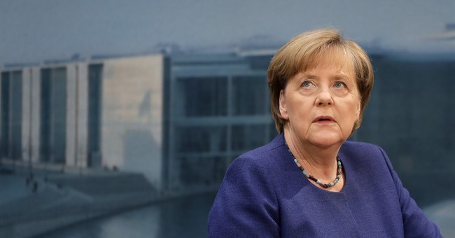 Merkel seeks solution to new airbase dispute with Turkey