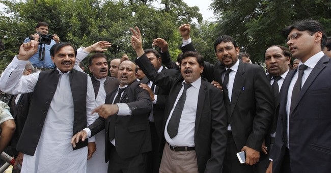 Pakistan's opposition calls on court to oust prime minister