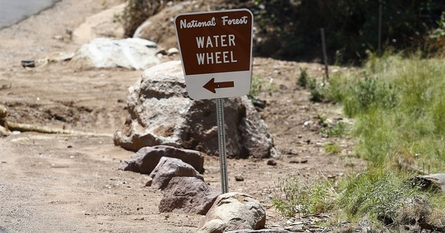 Arizona flash flood kills 9 relatives celebrating birthday