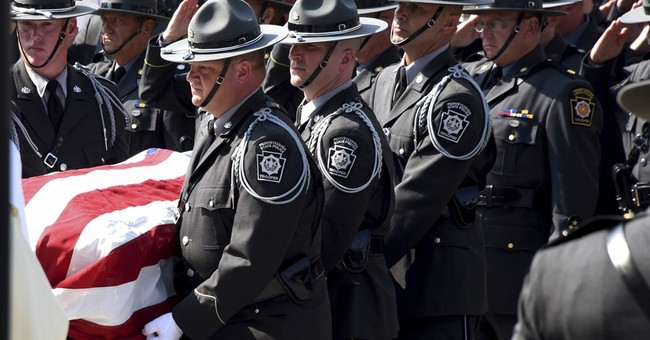 Hundreds of officers at funeral for trooper killed in wreck