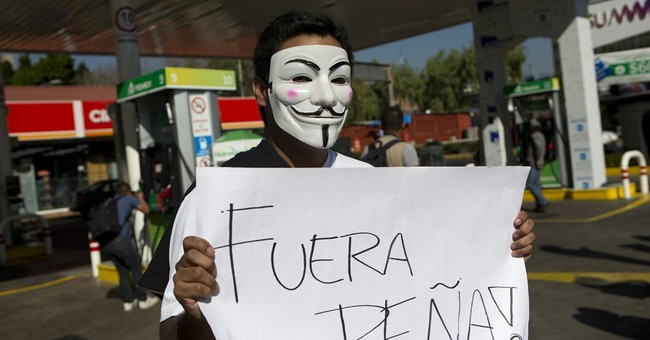 Mexicans block roads, stations to protest gasoline hikes