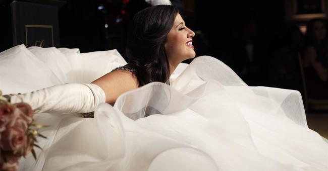 AP PHOTOS: Debutantes make their bows to society at NY gala