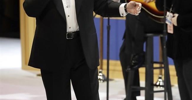 Trump feted by Tony Orlando, Jackie Evancho at inauguration
