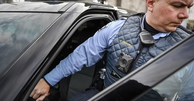 Minnesota shooting shows underuse of police body cameras