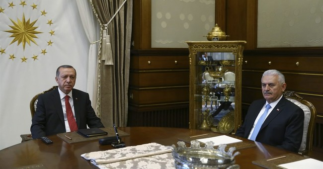 Turkey changes justice, defense ministers in cabinet shuffle