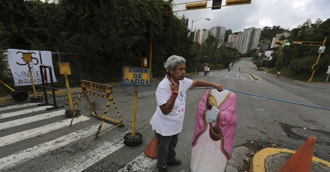 Venezuela power struggle intensifies in Supreme Court battle