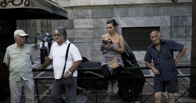 Greece waiting for 'right moment' for bond market return