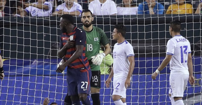 Biting criticism for El Salvador players for gnawing on US