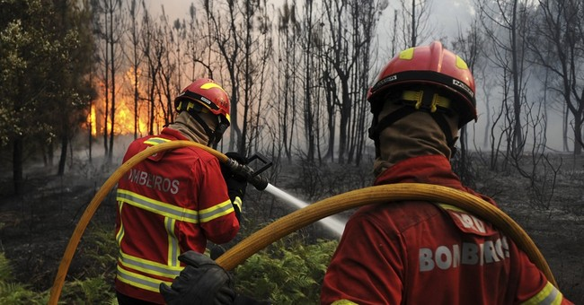 Croatia battles wildfire that crossed border from Montenegro