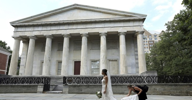 Something old: Historic bank's beauty lures brides-to-be