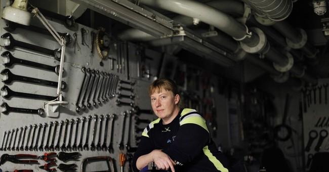 AP PHOTOS: Portraits of an icebreaker crew, researchers