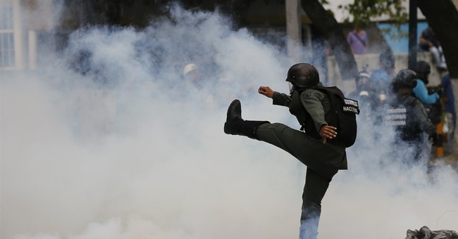 The Latest: New judge in court clash detained in Venezuela