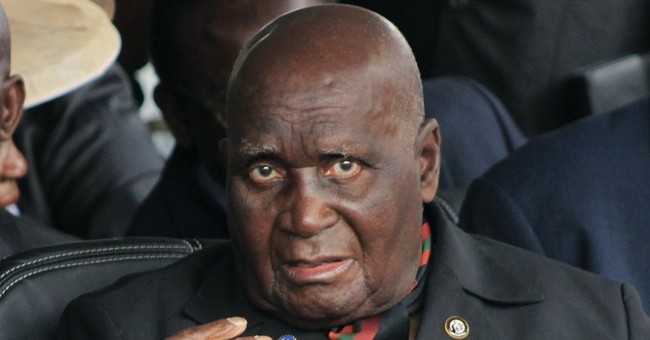 Former Zambian leader Kenneth Kaunda, 93, leaves hospital