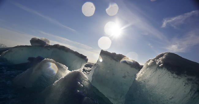 AP PHOTOS: Icebreaker leaves behind jagged Arctic icescape