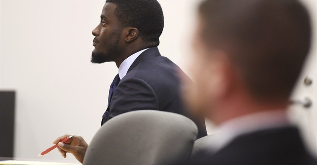 Dallas rookie CB Lewis acquitted of domestic assault