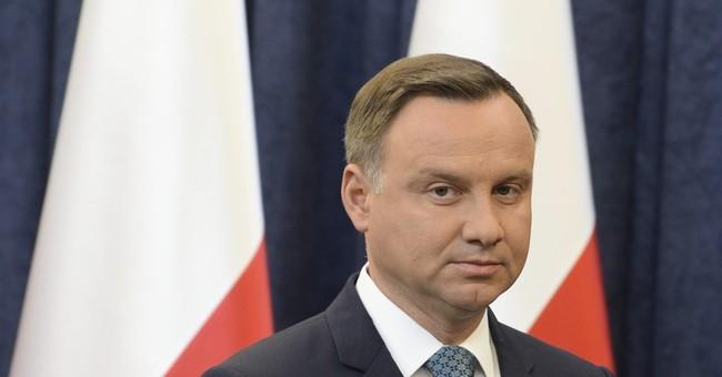 Poles protest EU comments and govt moves against top court