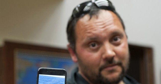 Alaska man says boat attacked by orca whale