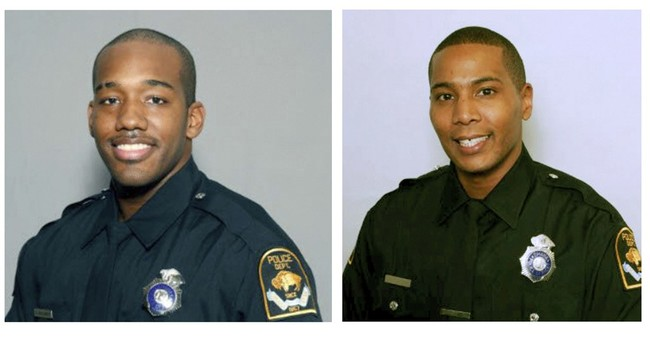 2 Nebraska officers face assault charges in man's death