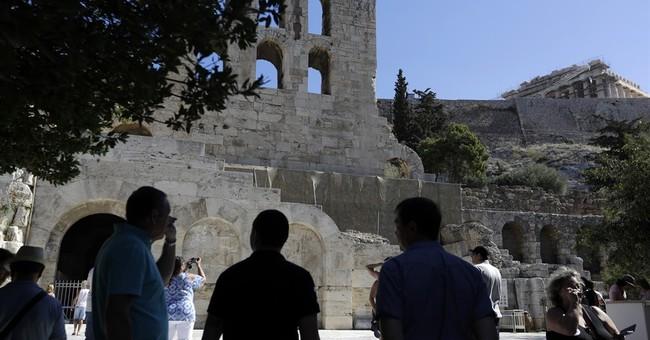 Weekend strike to shut Acropolis at height of tourist season