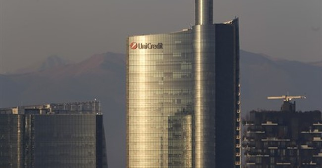 Italian bank says 400,000 loan account details hacked