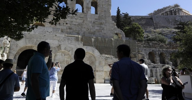 Acropolis, other Greek sites to open as guards scrap strike