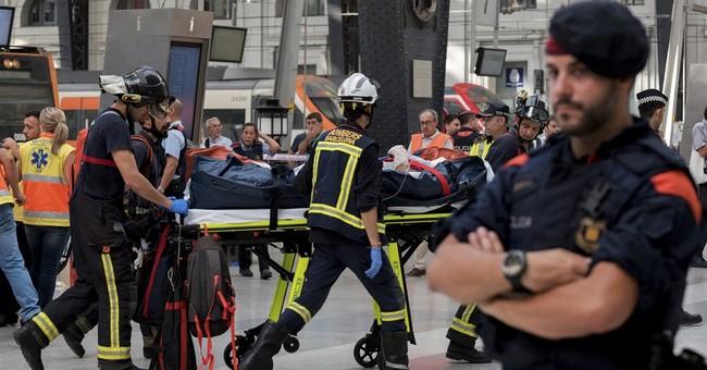 Commuter train crashes in Barcelona; 53 are hospitalized
