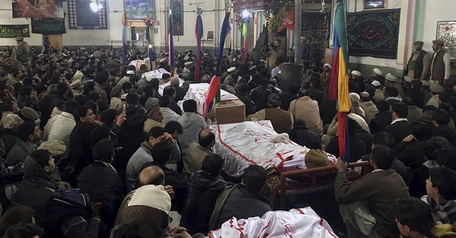 Bomb blast kill 22, wounds at least 50 in northwest Pakistan