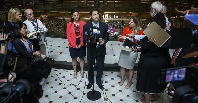 Illinois governor's veto could jeopardize school funding