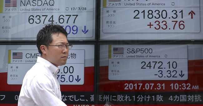 Global stocks mostly rise as investors eye earnings