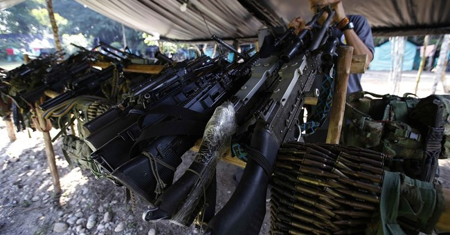 UN begins removing rebel weapons from camps in Colombia