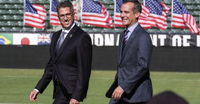 Los Angeles gets Olympics with an 11-year wait _ and risks