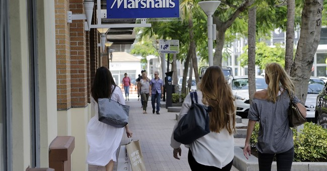 US consumer spending and income growth both weak in June