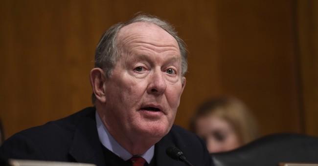Bipartisan drive to pay health insurers faces Senate hurdles