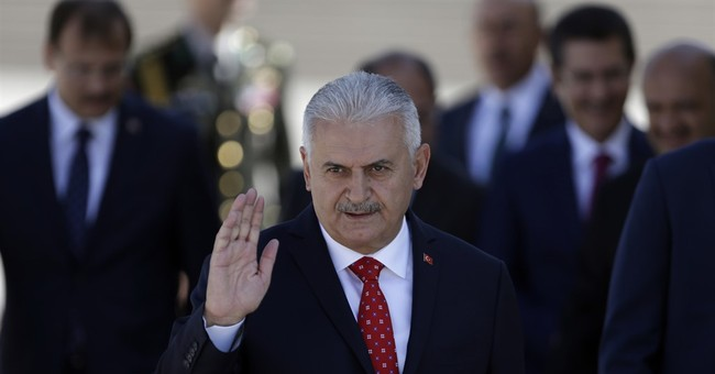 Turkey replaces top military chiefs in leadership reshuffle