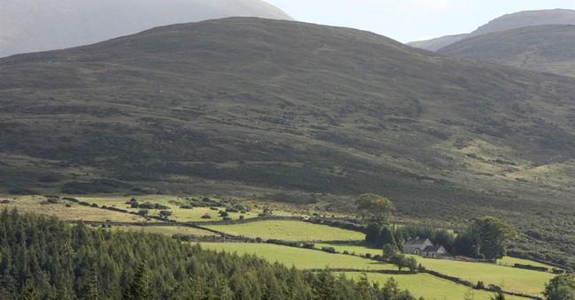 UK emergency workers rescue 73 hikers in Northern Ireland