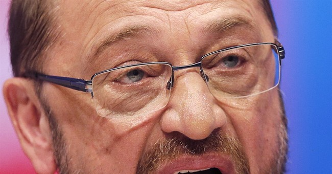 Merkel rival Schulz suggests he'd deal better with Trump