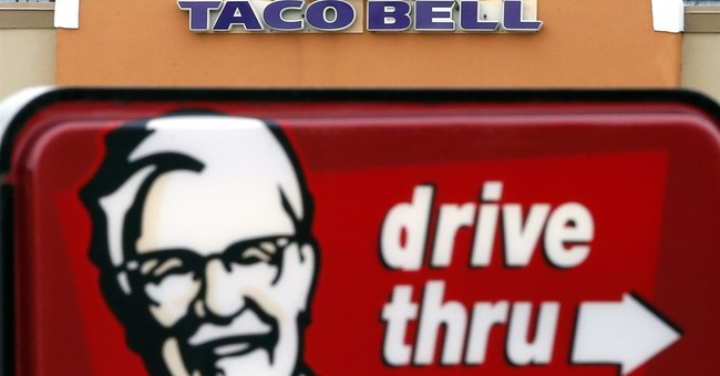 Yum sees sales rise at Taco Bell, fall at Pizza Hut