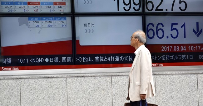 Asian stocks mixed as US jobs, politics in focus