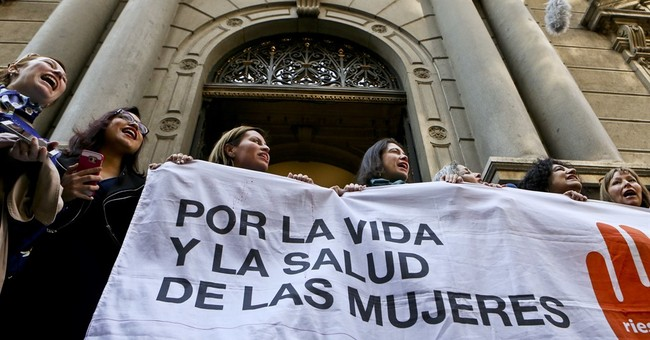 Chile Congress OKs bill to legalize abortion in some cases