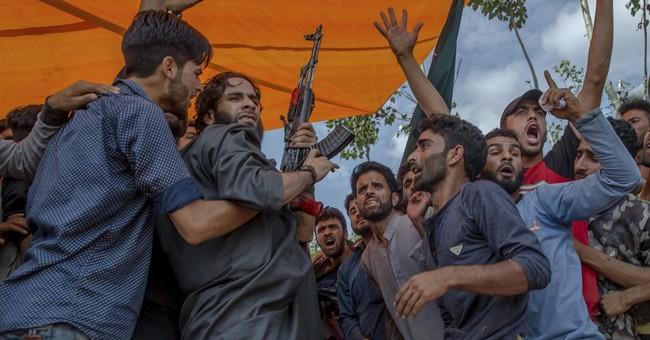 Ambushes by Indian troops, Kashmir rebels kill 4 combatants