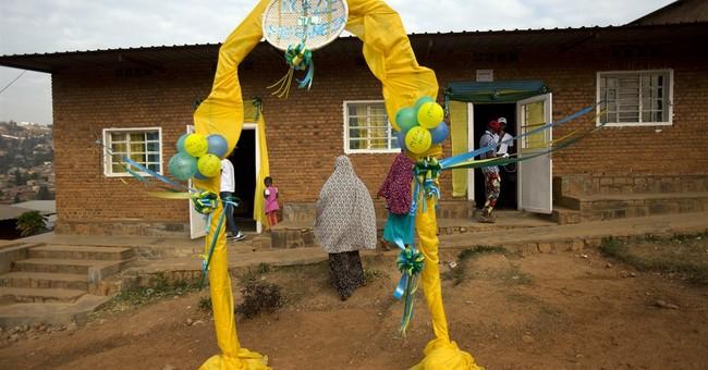 Early vote returns show Rwanda leader with 99 percent lead