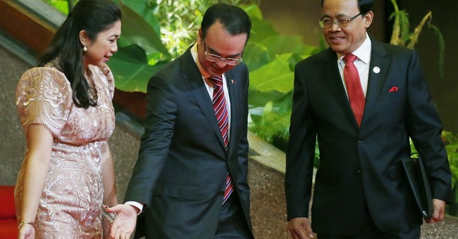 The Latest: Disagreements in ASEAN delay joint statement