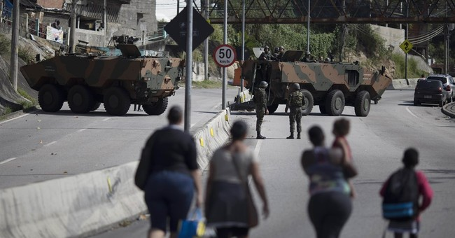 3,500 Brazilian soldiers enter Rio slums amid violence spike