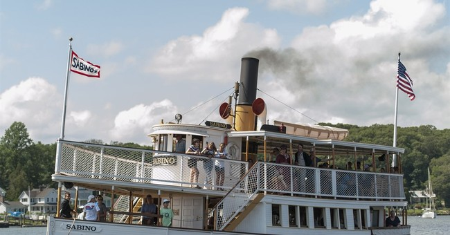 Nation's oldest coal-fired steamboat returns to Mystic River