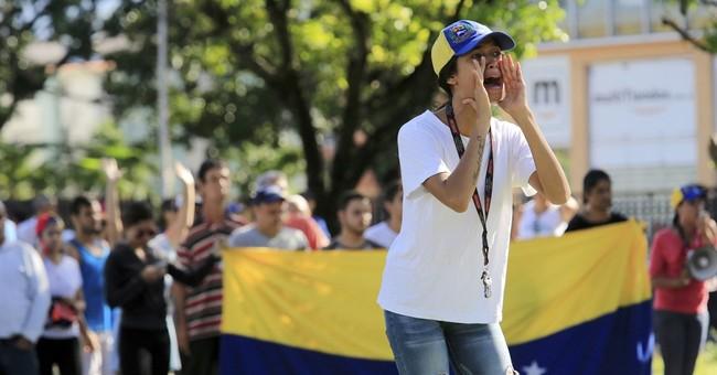 Venezuela troops quash anti-Maduro attack on military base
